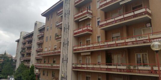 Appartamento via Foscolo.